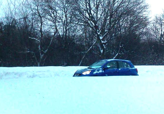 Name:  micra-sv-snow.jpg Views: 665 Size:  85.4 KB